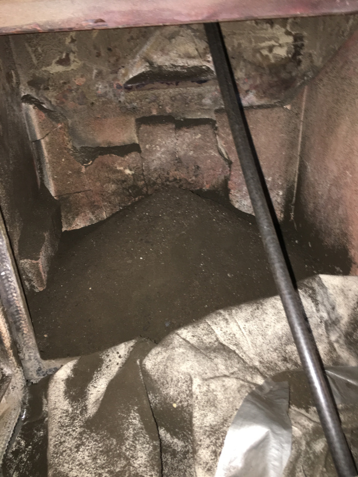 TM Warne Chimney sweep in Leicestershire and Nottinghamshire soot